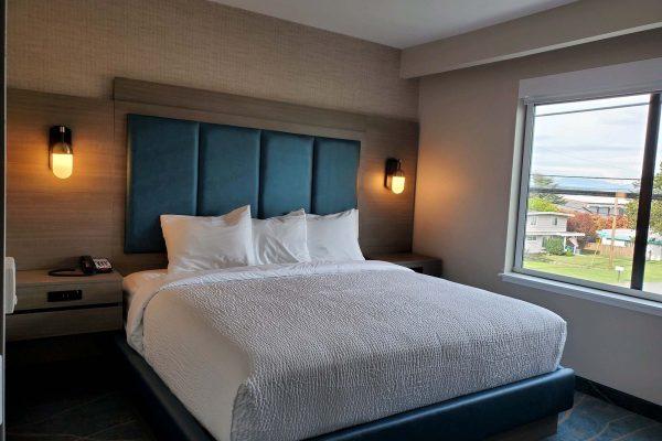 King Bed Room - Salish Grand Suite - Anacortes